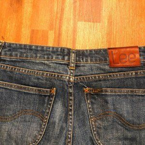 Lee Size 12 Bumpet Jeans Cut To Fit  Excellent